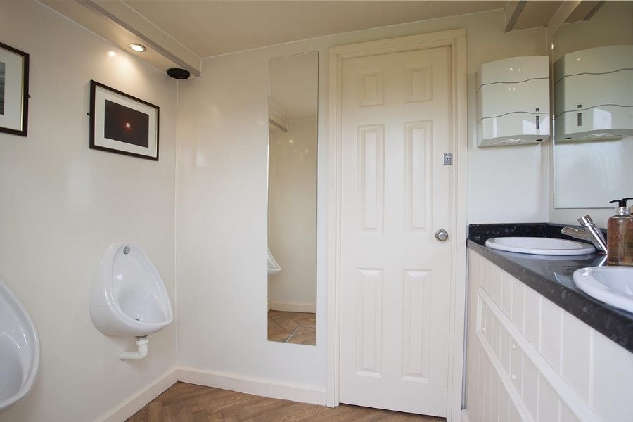 Cornwall Conveniences CC150 Wedding Toilet for Hire