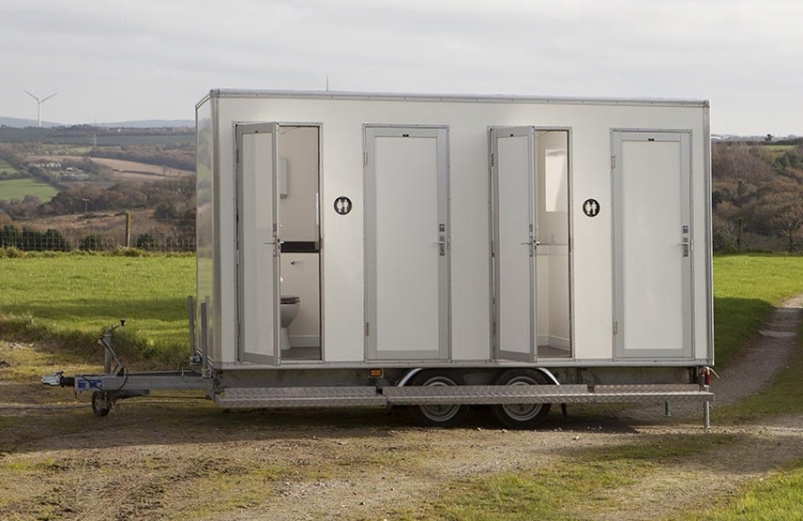 Cornwall Conveniences CC125 Wedding Toilet for Hire